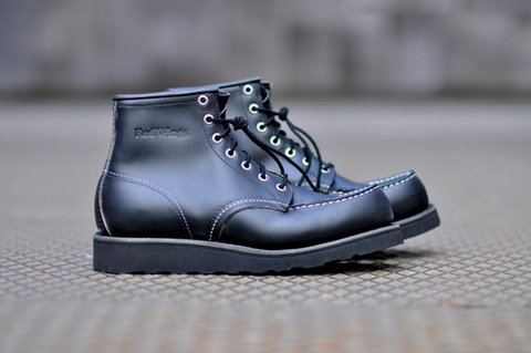 red-wing-moc-toe-boot-all-black.jpg