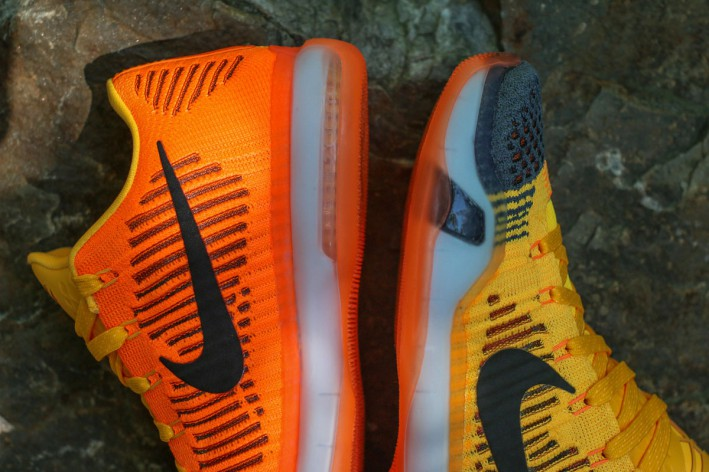 Nike-Kobe-X-Elite-Low-Chester-rivalry-1